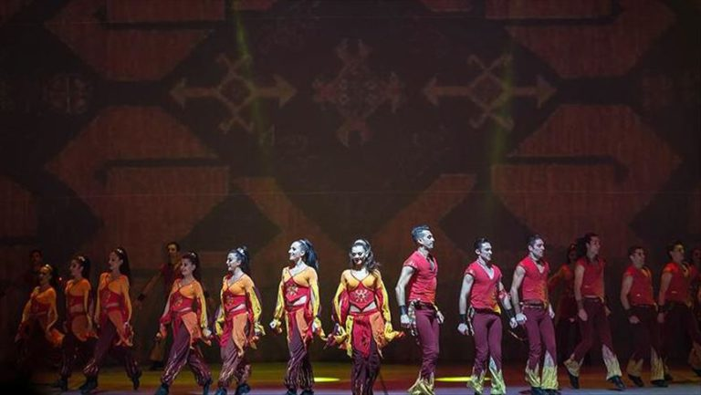 Turkish troupe set for drive-in performance in Istanbul