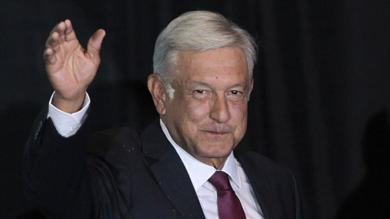 Mexican president announces arrests in Ayotzinapa case
